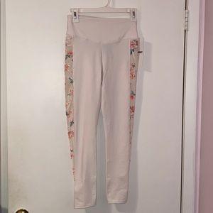 NWT Victoria Secret leggings